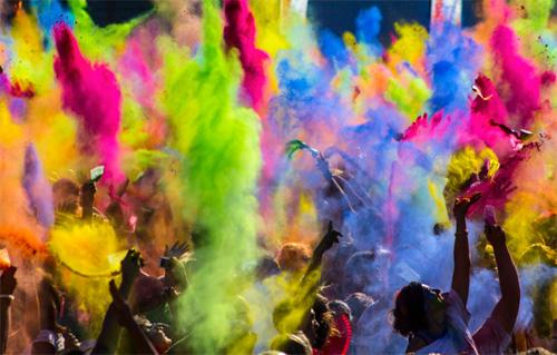 цветом одежды лечить настроение